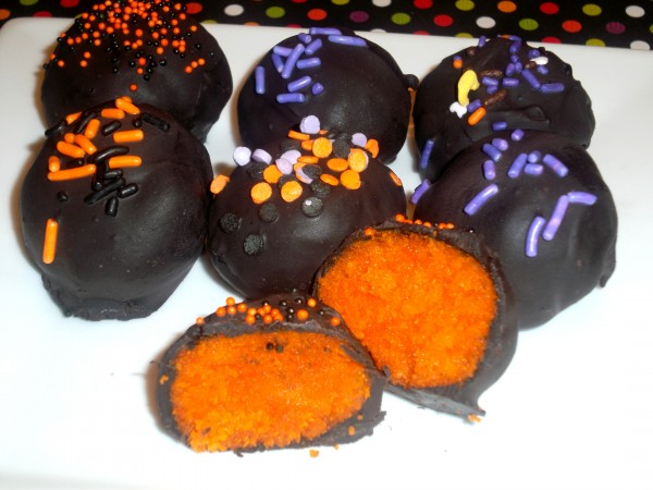Halloween Cake Balls - Love to be in the Kitchen