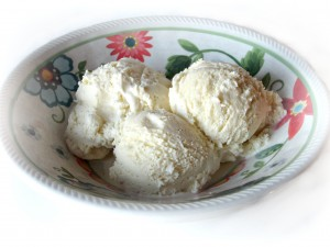 Vanilla Bean Ice Cream {French Style}