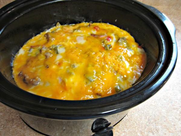 Breakfast casserole crock pot love to be in the kitchen for Crockpot breakfast casserole recipes