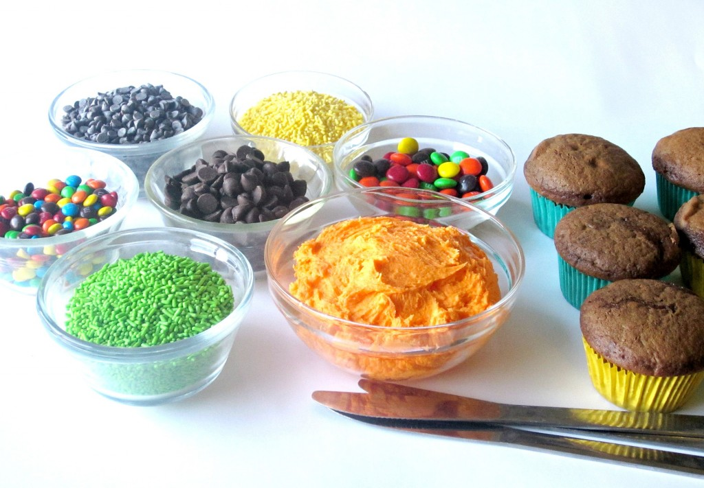 Build Your Own Jack-O-Latern Cupcakes (2)
