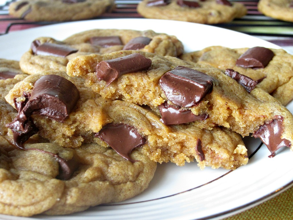 Chewy Chunky Chocolate Pumpkin Cookies (5)
