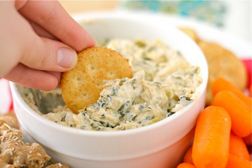 Warm Kale & Artichoke Dip