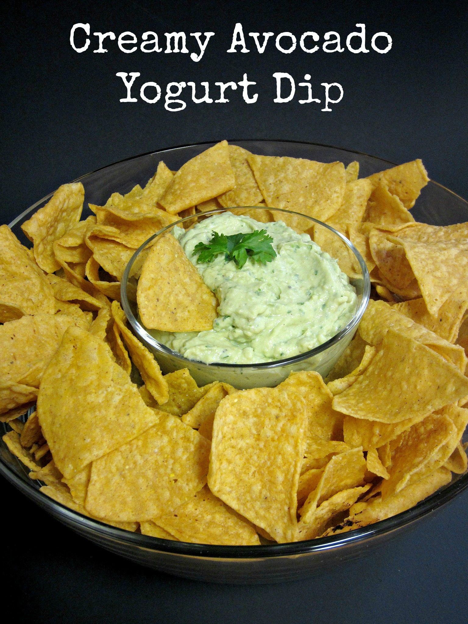 Creamy Avocado Yogurt Dip - Love to be in the Kitchen