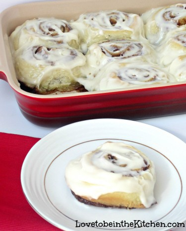 Cinnamon Rolls with Cream Cheese Glaze