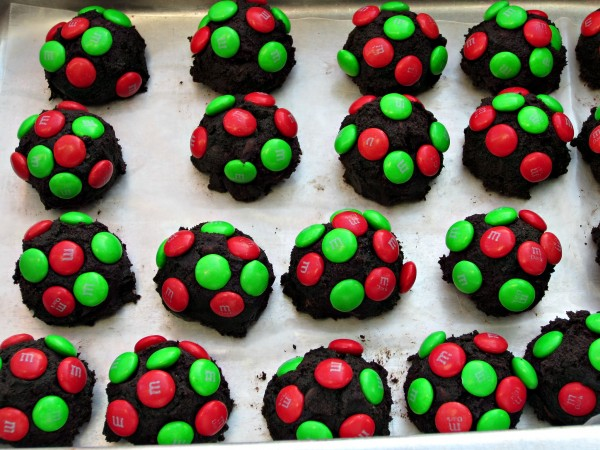Dark Chocolate M&M Christmas Cookies - Love to be in the Kitchen