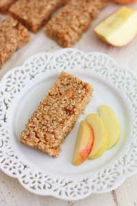 Apple-Cinnamon Granola Bars (gluten free, vegan)