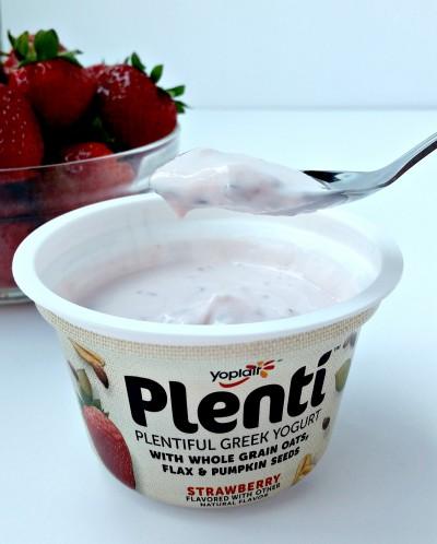 Yoplait Plenti Strawberry