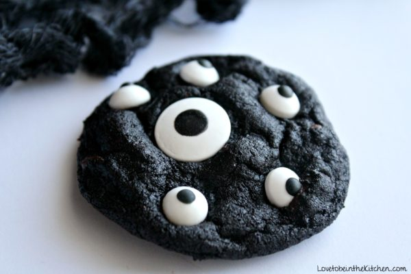 Spooky Cookies - Love to be in the Kitchen