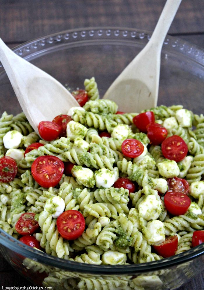 Pesto Pasta Salad Love To Be In The Kitchen
